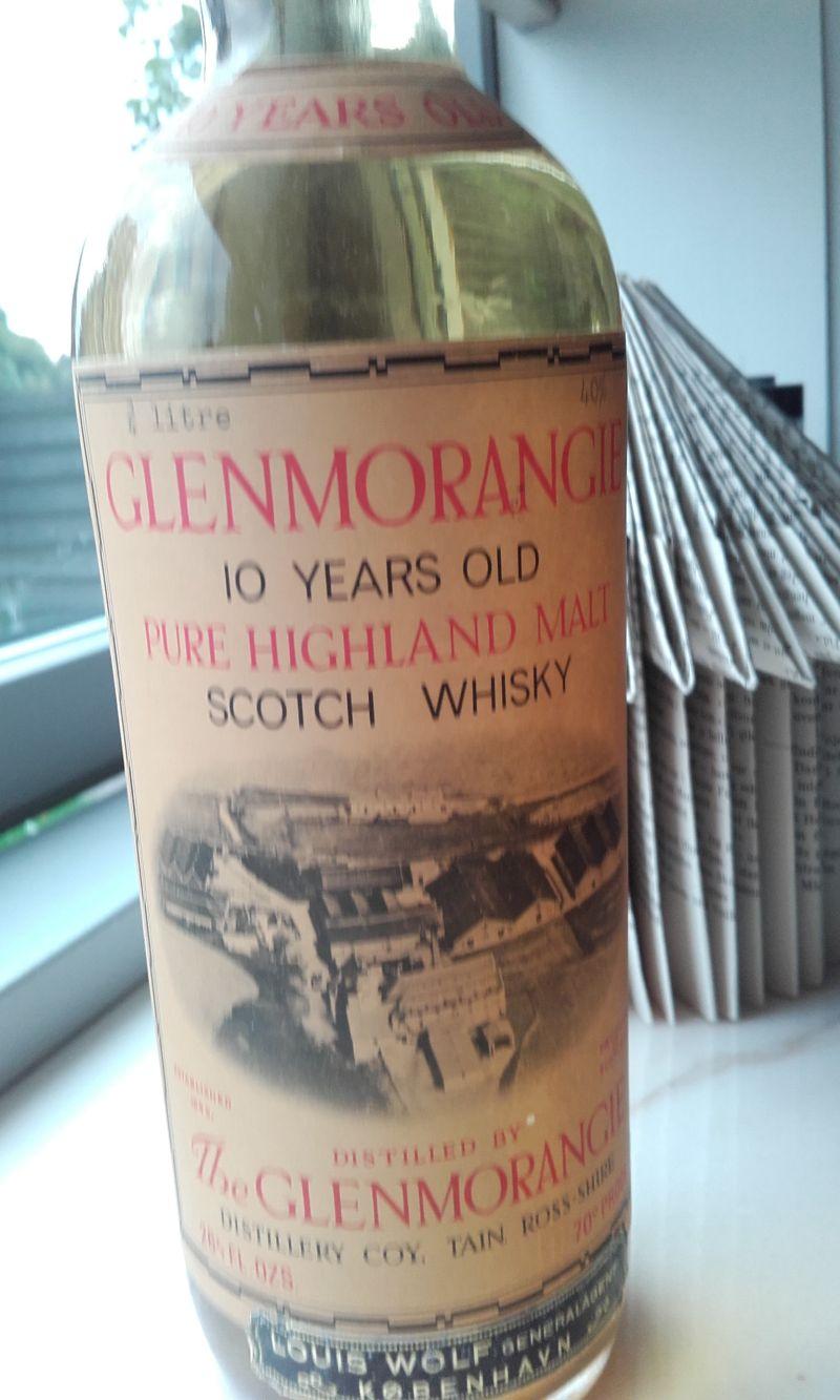 Whiskyflaskenr1.jpg